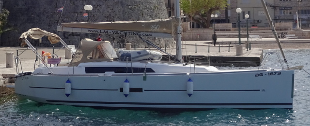 Dufour 350 in Croatia