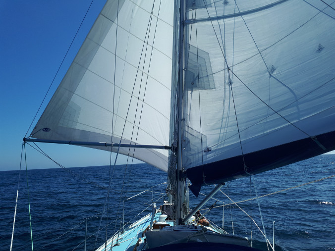 Downwind sailing in Bay of Biscay